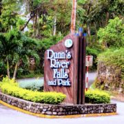 ocho-rios-dunns-river-entrance