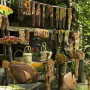 ocho-rios-fern-gully-crafts